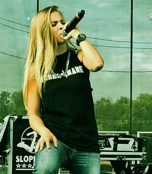 Image of Caption: American musical cover artist, Katie Noel