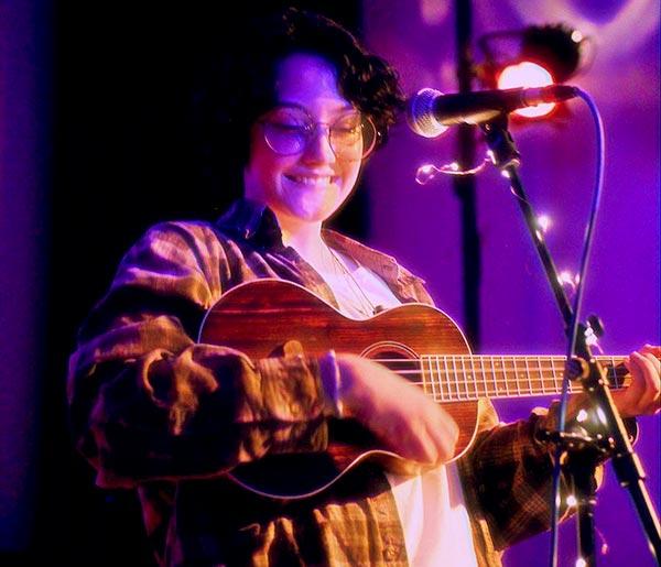 Image of Singer, Chloe Moriondo