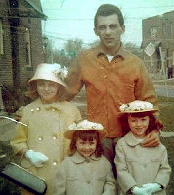 Image of Frankie Valli with his daughters