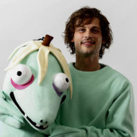 Image of Is Matthew Gray Gubler Married to Wife. His Net worth, Education, and Height.