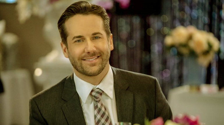 Image of Niall Matter Wife, Net Worth, Family.