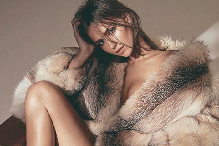 Model Rachel Cook