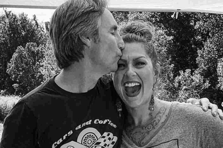 Images of Mike and Danielle of American Pickers