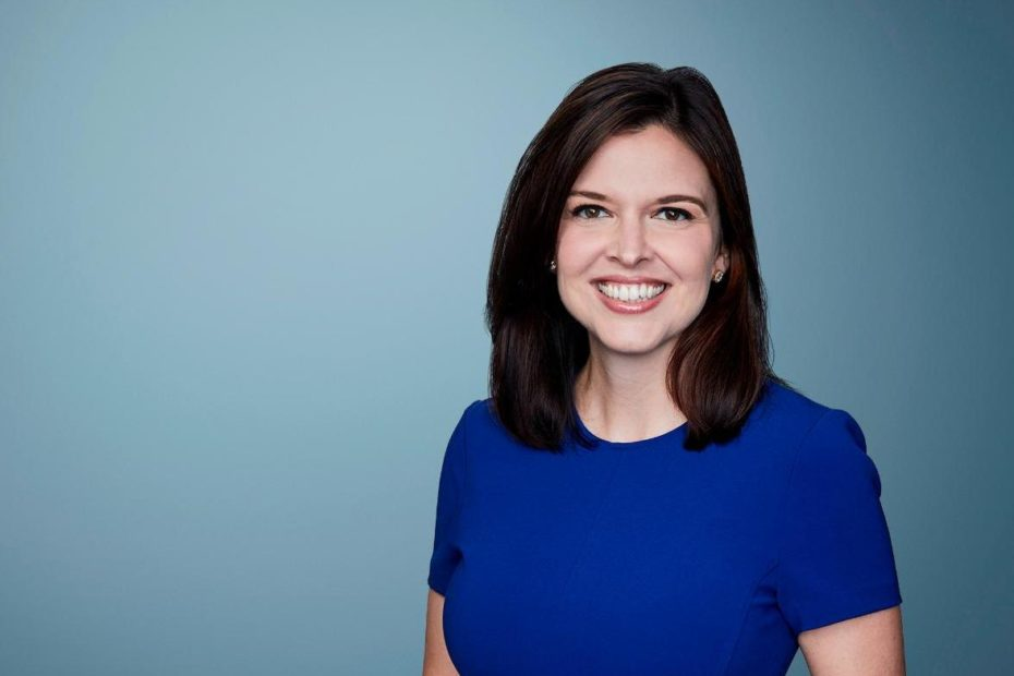 Image of a political reporter at CNN, Arlette Saenz