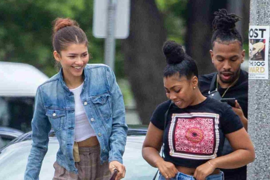 Zendaya with her brother and sisters